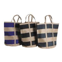 Photo SMA3850 : Grand sac en jute
